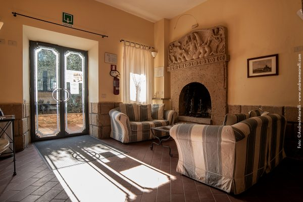Hotel Restaurant in Sovana in Maremma between Pitigliano and Saturnia